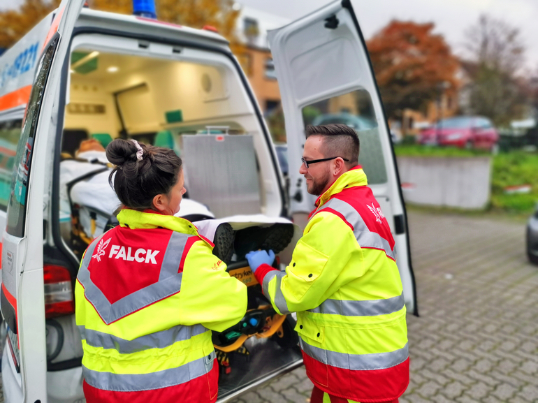 Falck wins largest contract in Germany to date